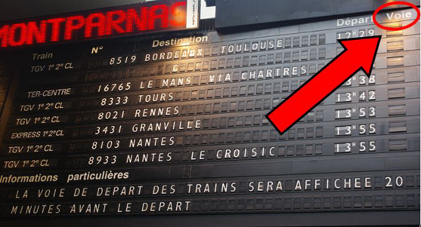 How to take the train in France - electronic board