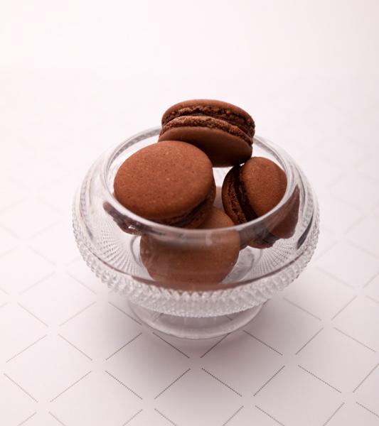 making-macarons-by-josephine-01